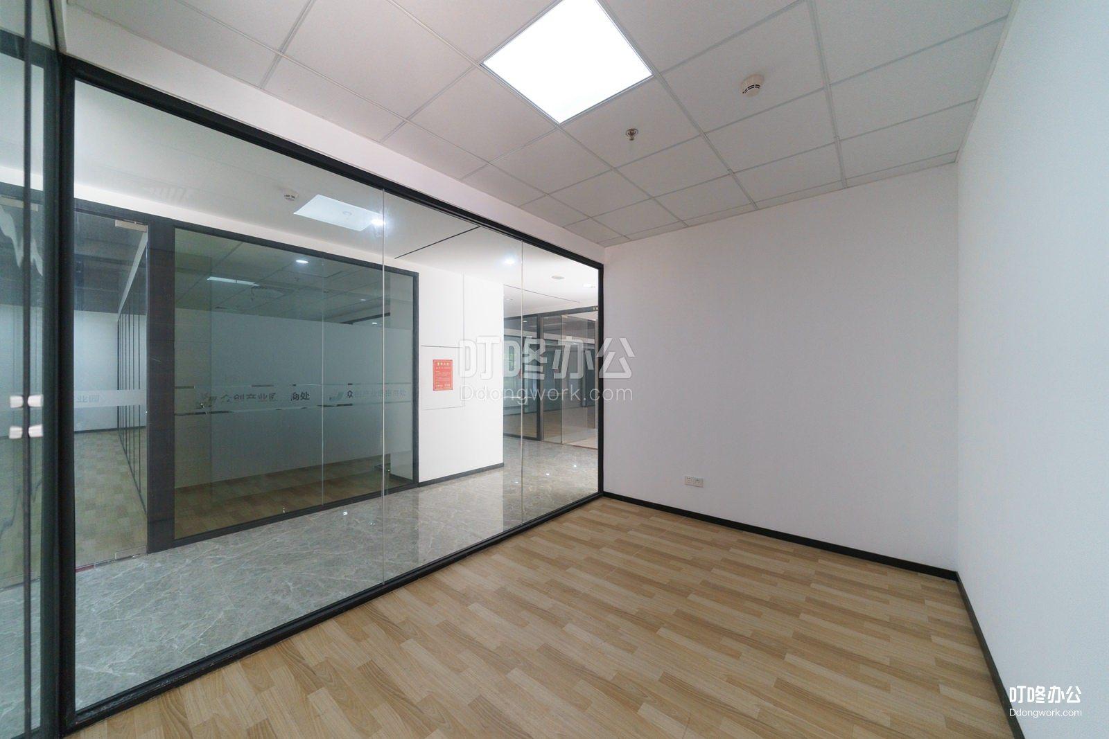众创产业园走廊