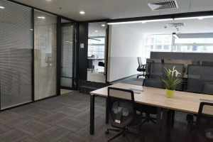 中型办公室 纳什空间