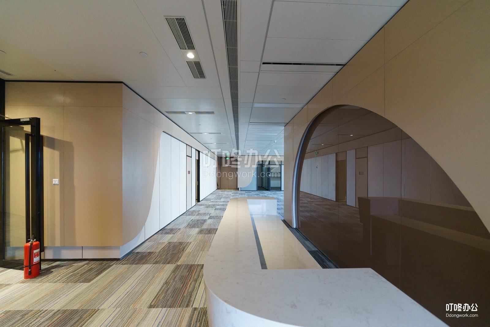 超大型办公室 平安国际金融中心