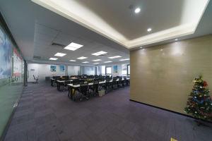 中型办公室 南园枫叶