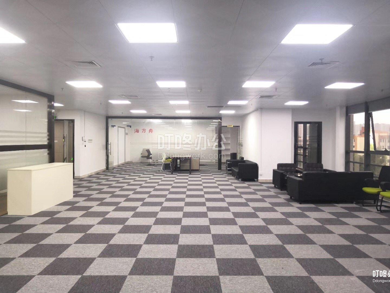 中型办公室 展滔科技大厦