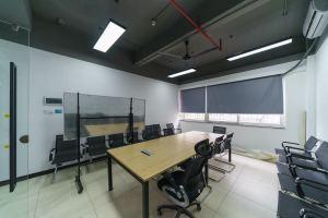 小型办公室 深圳yeswedo蜂巢社区•优客工场