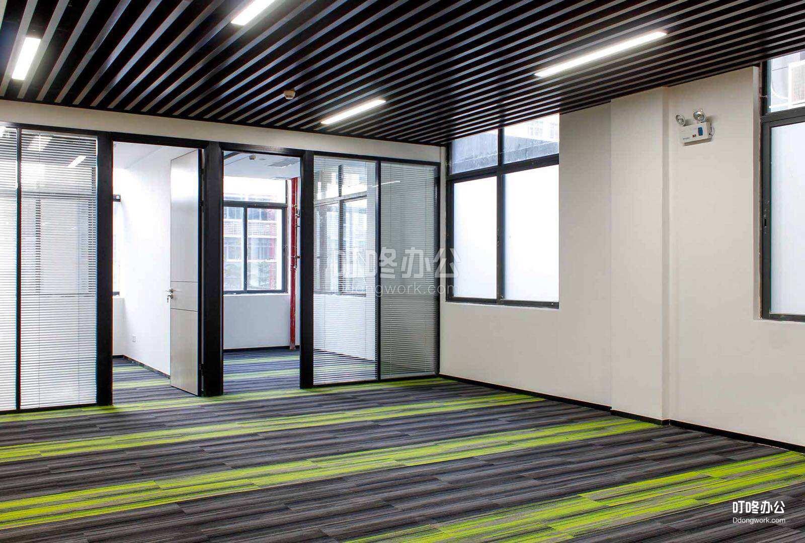 小型办公室 高新奇战略新兴产业园
