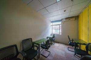 小型办公室 A PARK国际高校创客空间