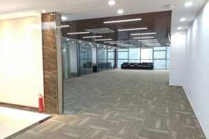 大型办公室 迈科龙大厦