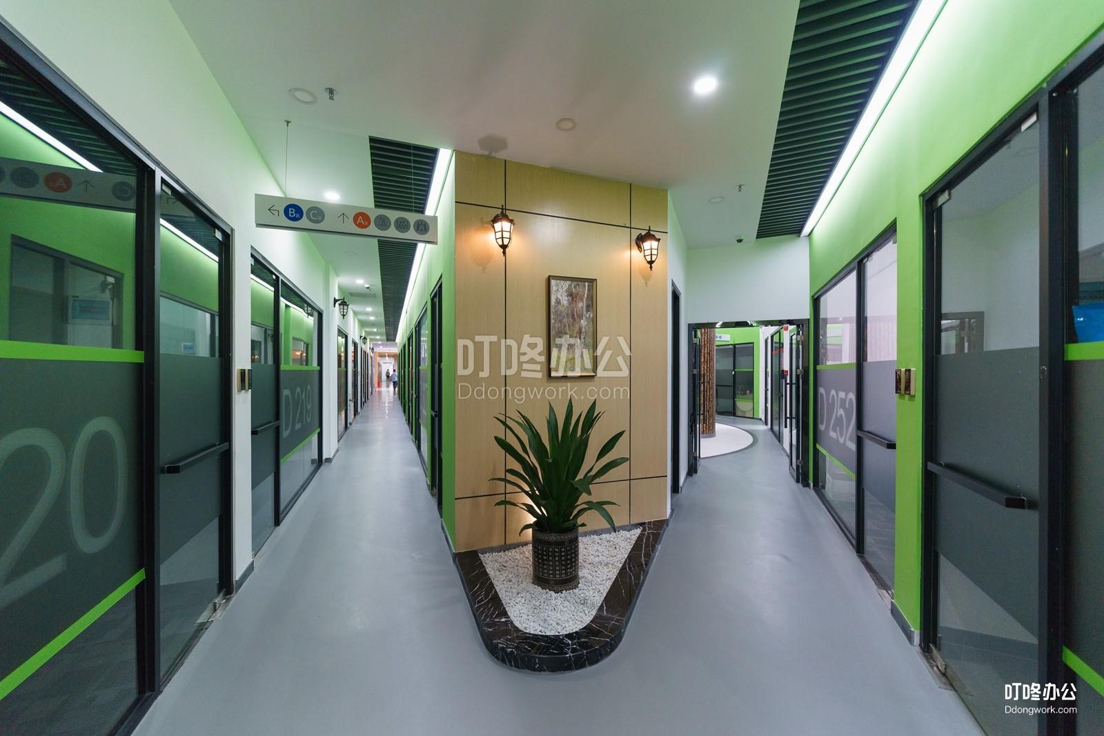 跨境电商孵化器走廊