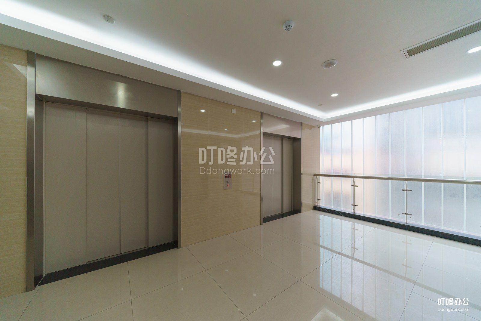 华强北国际创客中心「2.0」会议室