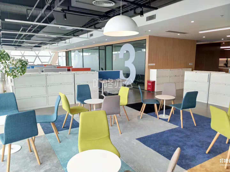 大型办公室 深圳创业投资大厦
