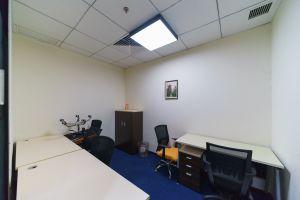 超大型办公室 财富港商务空间