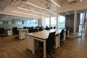 小型办公室 SOHO 3Q(招商局港口大厦)