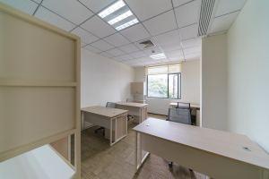 小型办公室 英瑞商务空间