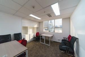 小型办公室 鸿空间